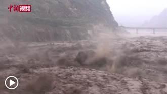 陸水利部:長江水旱災害防禦提升至二級 三峽大壩防汛形勢嚴峻