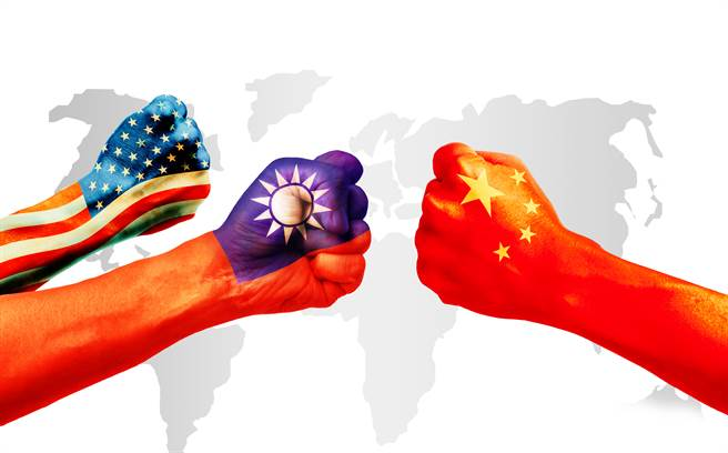 美知名民主理論學者戴雅門認為,美國外交政策和智庫極大低估了中共未來五到十年的危險,中共說要入侵台灣絕不是吹牛。(圖/Shutterstock)