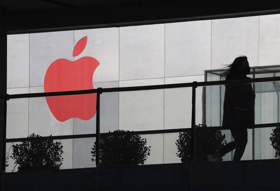 不打價格戰 可成退出蘋果手機鏈。(美聯社資料照)