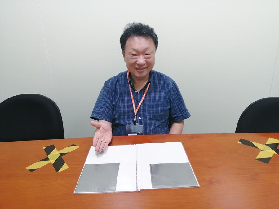 達勝新款PI膜生產出的石墨散熱片,平整度、電性、散熱性質等技術指標與品質媲美杜邦產品。圖/張秉鳳
