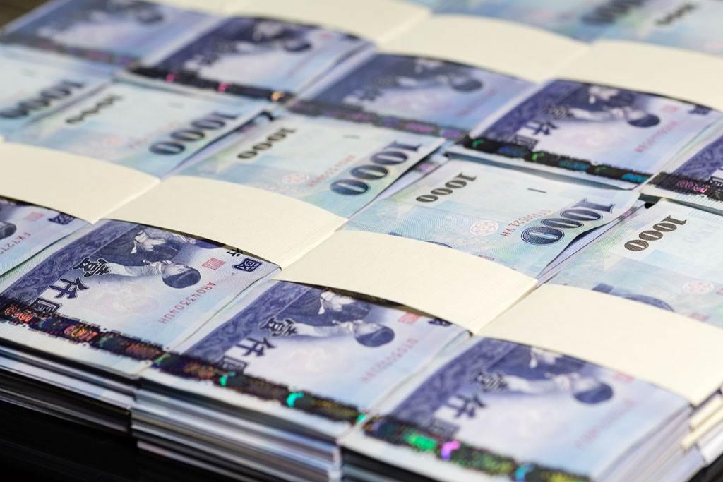 土豪「金庸」身家遭質疑 嗆銀行對賭輸了給500萬(示意圖/達志影像)