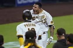 MLB》馬恰多再見滿貫當英雄 還創隊史紀錄