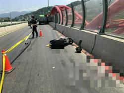 三鶯大橋貨車違規變換慢車道 撞死26歲機車騎士