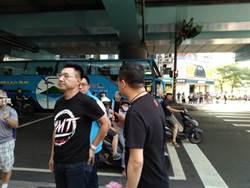 江啟臣率國民黨街頭演講 籲全民支持「公投復併大選」公投