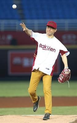 日本代表受邀職棒開球 鄭文燦:棒球象徵台日友好
