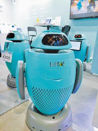 創科智盈防疫機器人 超吸睛