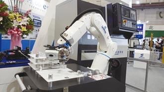 聯達智能 開發各類機械手臂