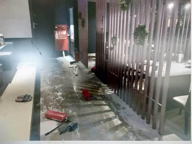 消防局呼籲營業場所排油煙風管應定期清潔並持續加強員工教育訓練,防止災害發生及減少財物損失。(台南市消防局提供/曹婷婷台南傳真)