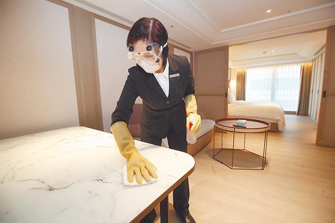 未來只有防疫旅館可收居家檢疫者,違法混居旅宿業者,北市將在28日開罰。(本報資料照片)