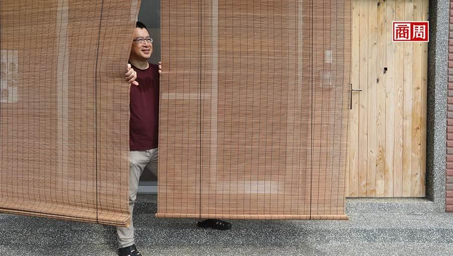 推廣舒適、健康宅不遺於力的台灣綠適居理事長邱繼哲說,住得舒適是基本人權。(攝影者.楊文財)