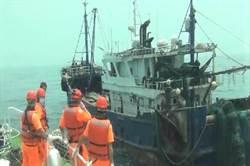 澎湖漁船遭陸船碰撞 海巡艦艇攔截調解討公道