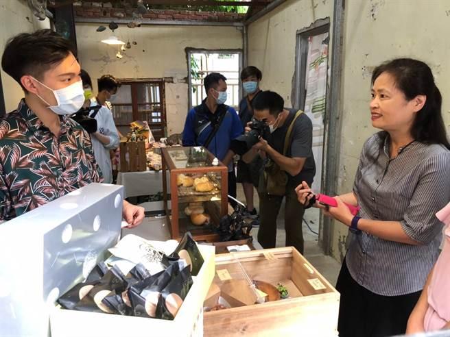 新竹市政府22日起一連兩天在「日本海軍第六燃料廠新竹支廠」辦理「大煙囪的千迴百轉」活動。(陳育賢攝)