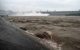 長江上游16座水庫群聯合調度 5號洪峰安全通過三峽