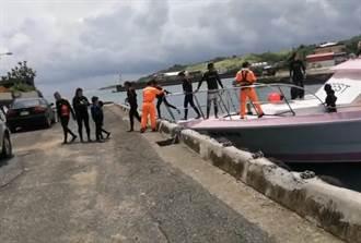 颱風環流海象差仍要下水? 後壁湖11名立槳遊客漂流獲救