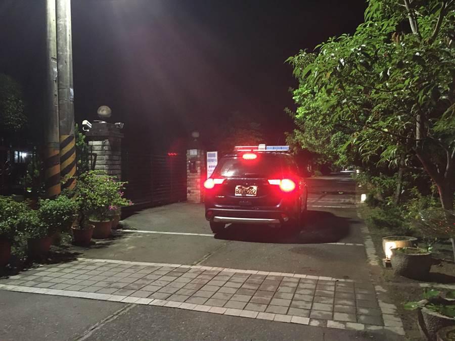 嘉義市警方加強到事發的這家長照中心巡邏。(廖素慧攝)