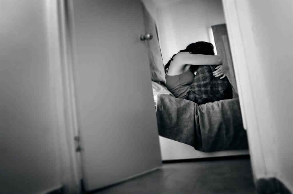 轟動香港的「跑馬地紙盒藏屍案」,16歲少女裸屍被折疊塞在一電視紙箱中,被清潔婦人發現。(示意圖/達志影像)