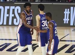 NBA》別罵恩比德了 布朗爆他腳踝早受傷