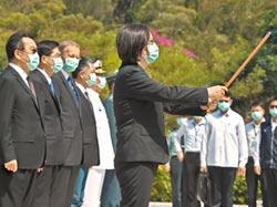 蔡總統主祭 台美共同紀念八二三戰役 酈英傑率AIT官員陪祭