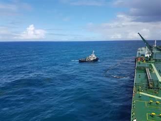 疑海浪過大 中油大林廠外海管線破裂漏油