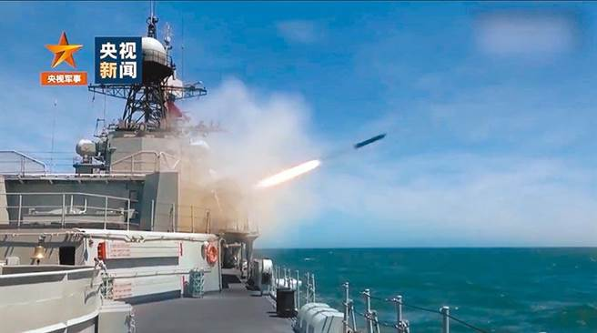 大陸解放軍近期頻頻展開軍事演習。(央視)