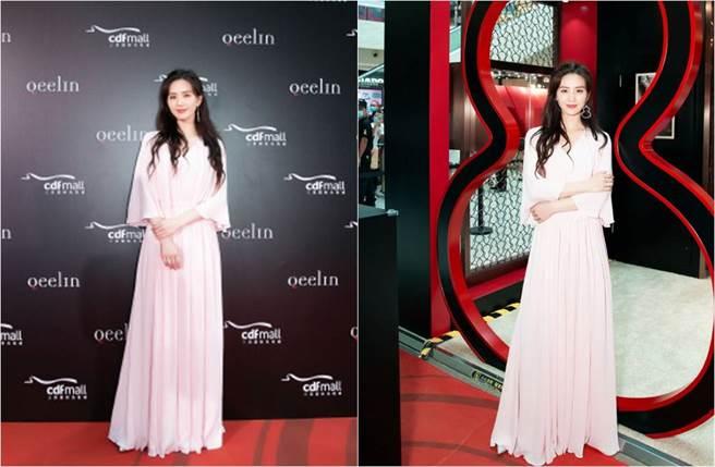 劉詩詩以一襲淡粉色長洋裝出席活動,她氣質絕美。(圖/取材自詩詩的小板報微博)
