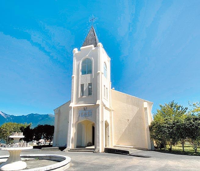 梨山耶穌堂年久失修,屋頂破損漏水嚴重,台中市文化局將於2021年展開修復。(台中市文化局提供/陳淑芬台中傳真)