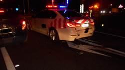 台南國道警紅斑馬被撞 車毀人無大礙