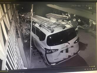 隨機開車門竊走萬元  隔天被逮全花光