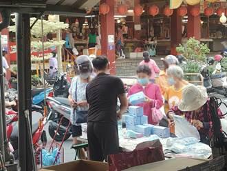 菜市場流動攤販販售口罩 台南衛生局憂來路不明籲勿亂買