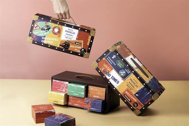 高雄英迪格月之紛彩月餅禮盒。(業者提供/柯宗緯高雄傳真)