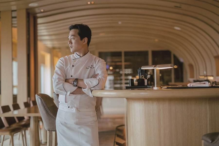 台中星級飯店牛排館「首奪」米其林餐盤  主廚單車漫遊覓在地優質食材 -
