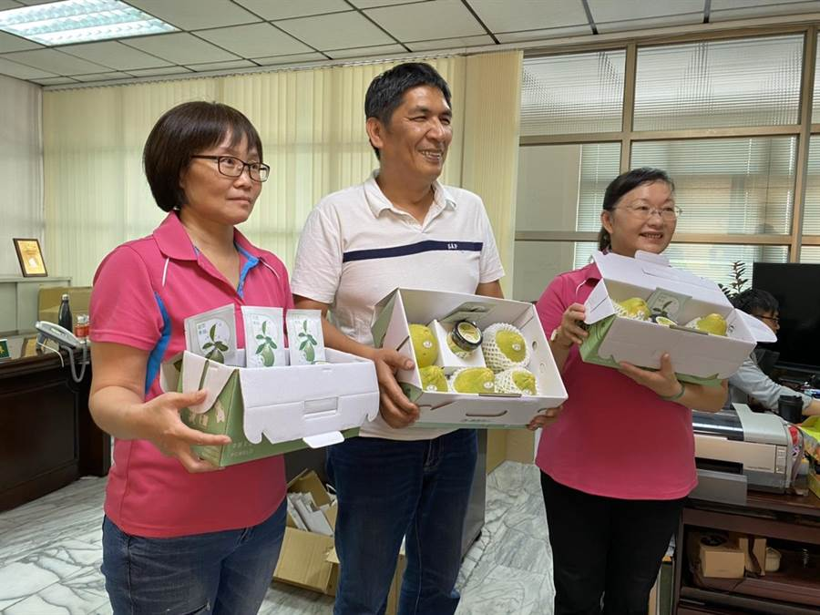 農產運銷公司巧思 文旦禮盒搭配面膜、果醬更搶手 - 生活