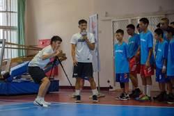 華航公益籃球訓練營 攜手寶島夢想家力挺學童籃球夢