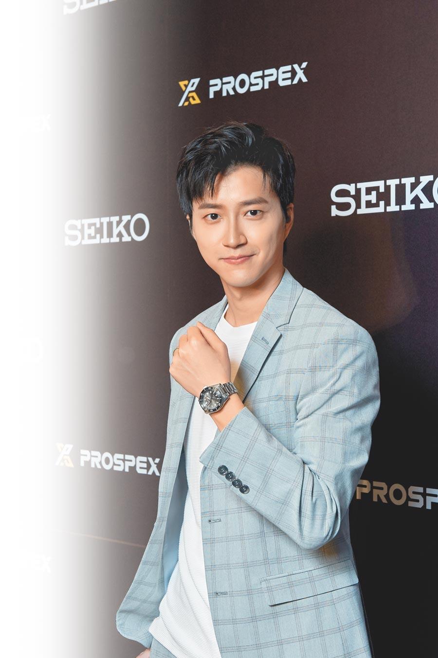 桌球王子江宏傑佩戴SEIKO prosprex現代款,分享他運動員生涯中挑戰自我的心情故事,與SEIKO「勇無止境」的品牌精神完美呼應。(SEIKO提供)