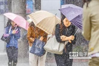 大豪雨來了 今雨勢最劇烈 彭啟明:整個西南風強風軸對準台灣
