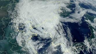 颱風巴威登陸中朝交界 大連首度罕見發紅色警告