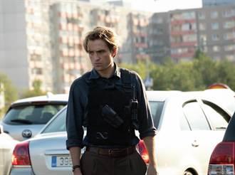 克里斯多夫諾蘭橫跨七國實景拍攝《天能》羅伯派汀森高難度特技飆車