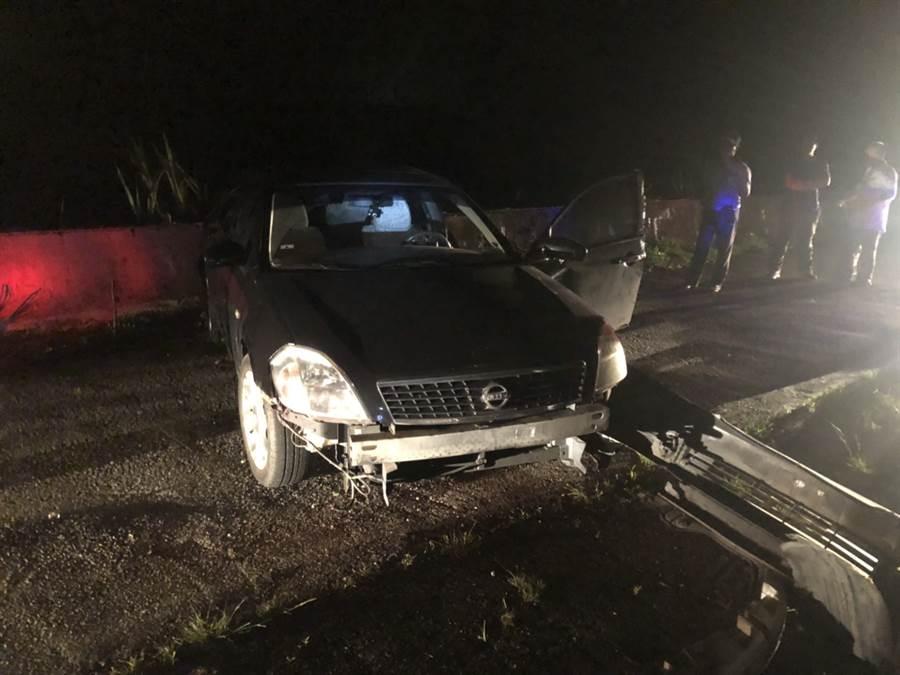 台中王婦疑倒車不慎,輾斃站在車後的施姓丈夫。(民眾提供/王文吉台中傳真)
