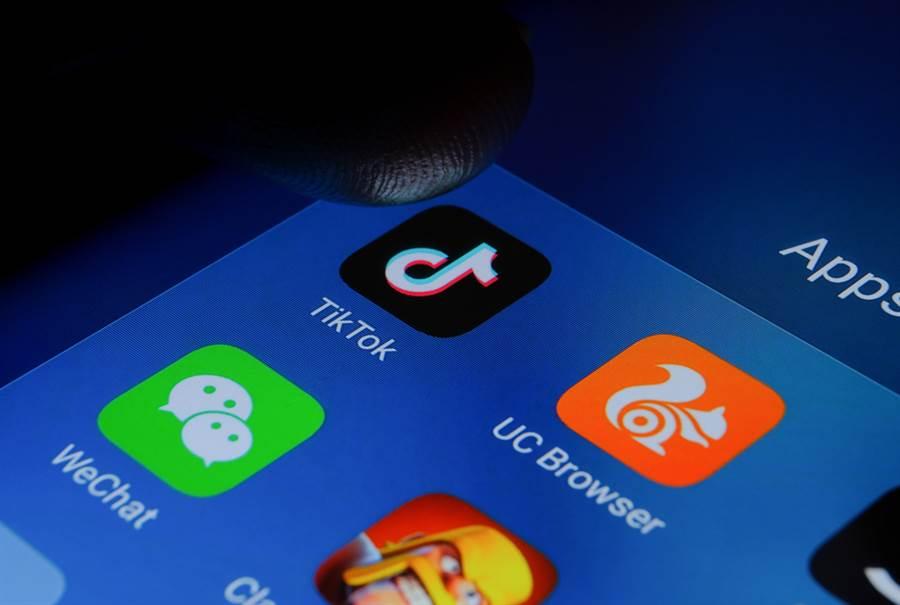 封殺WeChat影響波及在陸美企營運,美國上海商會坦言,經過調查,有八成受訪企業認為此等打壓會造成負面衝擊。(示意圖/達志影像)