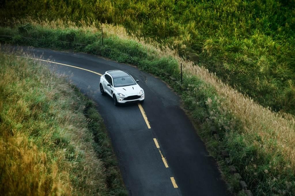 Aston Martin DBX首批實車即將抵台!英倫風格生活套件同步登場