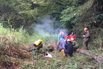 中雪山又出意外 男登山客摔50公尺深山谷 直升機吊掛救援