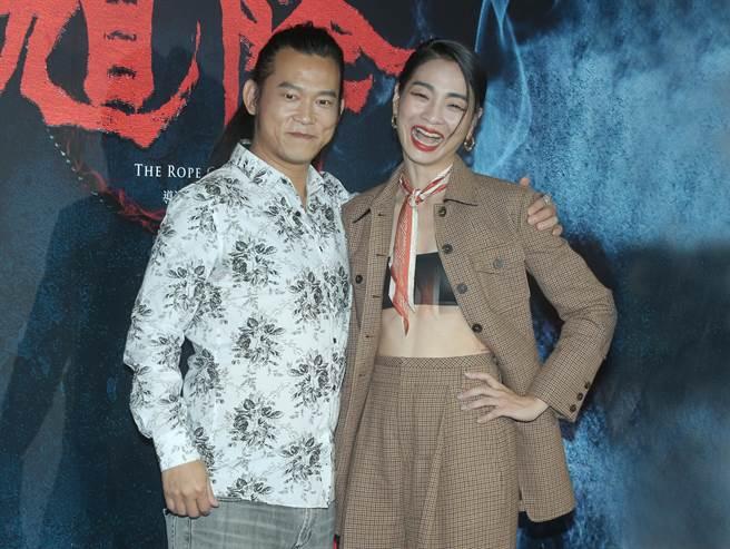 顏正國(左)跟陳雪甄在片中飾演夫妻。(粘耿豪攝)