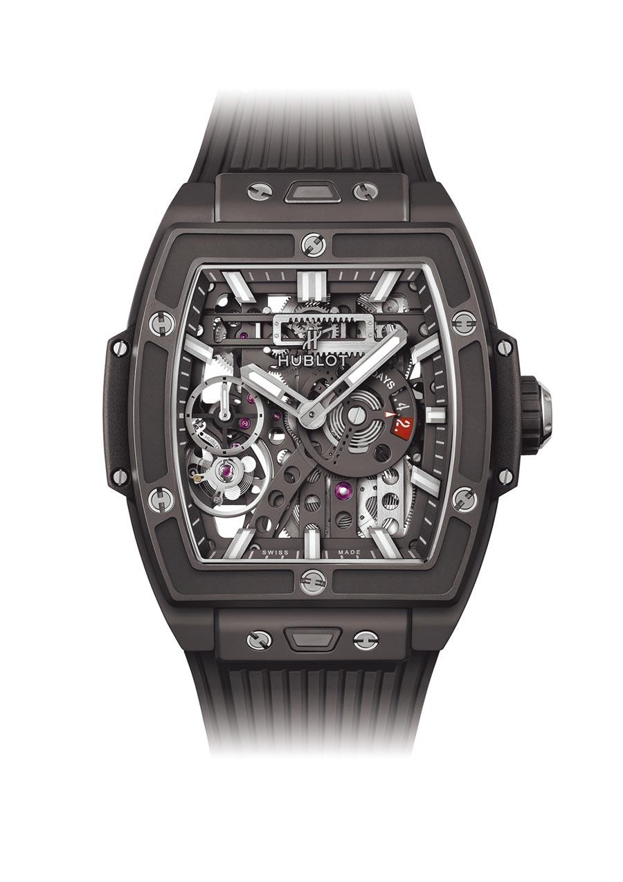 3.王陽明佩戴Spirit of Big Bang Meca-10魔力黑陶瓷腕表,84萬7000元。(Hublot提供)