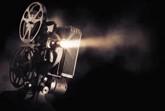 收購美國電影製片廠 向世界講好中國故事