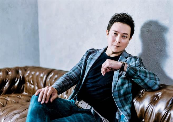 王燦近年多演出八點檔,被譽為「最帥反派」。(羅永銘攝)