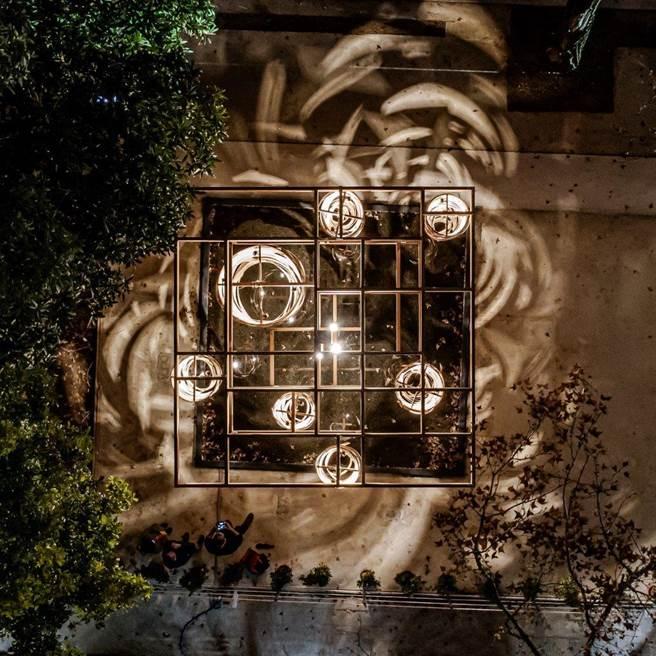 「里山禾樂」燈區的纍纍樹光。(農業局提供/陳淑娥台中傳真)