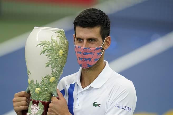 喬柯維奇收下生涯第35座1000等級大師賽冠軍。(美聯社)