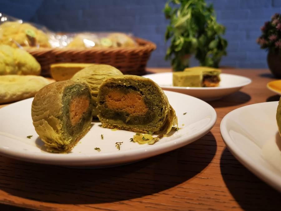 吃膩傳統中秋月餅? 試試看香菜月餅挑戰你味蕾極限 - 寶島