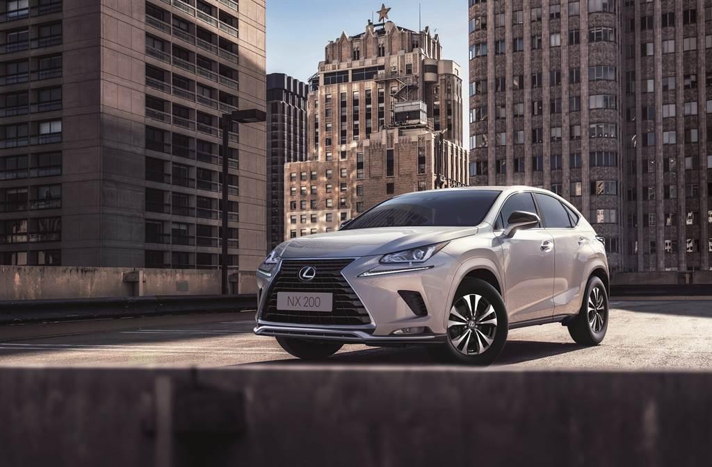搭載全新車身同色輪拱,讓NX 200更顯時尚魅力,完美演繹都會風尚車型