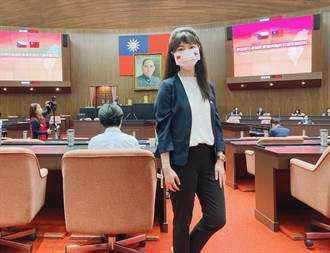 韋德齊高喊「我是台灣人」 高嘉瑜戴雙國旗口罩:歷史性的一刻!